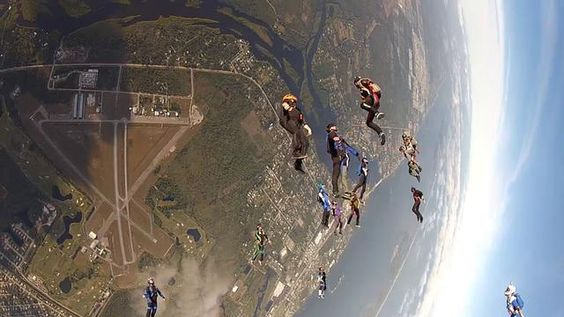 I Can Fly POV! by I Can Fly Parachutisme. Parfois il faut y aller sans passager!