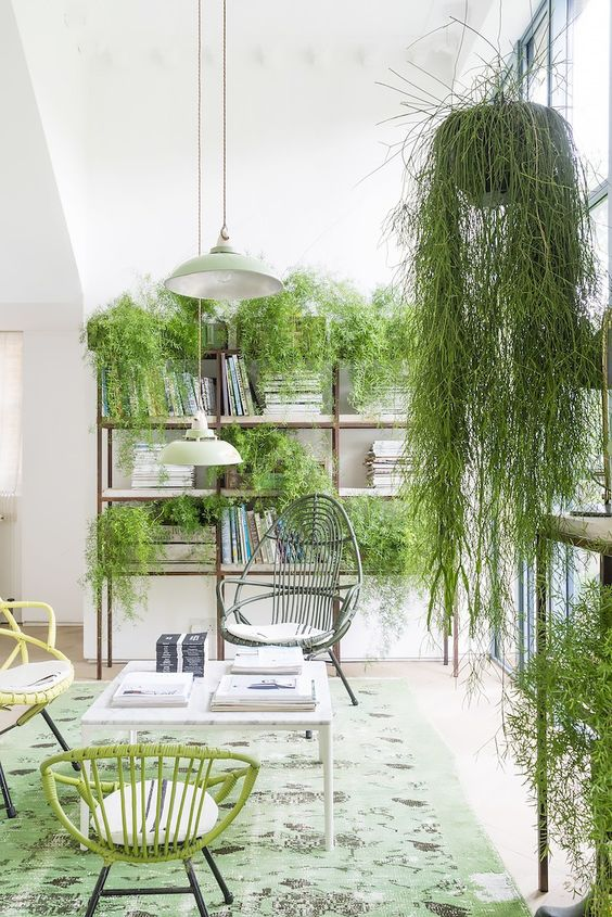 This year's green hue of choice is bold, which is unexpected in the best way possible. The corresponding shades of citrus and fresh greenery give the look of an urban jungle.: