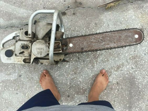 Vintage Beaird Poulan Model 61 Chainsaw For Parts Or Repair Poulan In 2020 Chainsaw Gas Chainsaw Repair