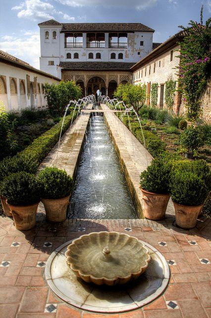 @PinFantasy - Patio de la acequia. Generalife. Alhambra, Granada, Spain: