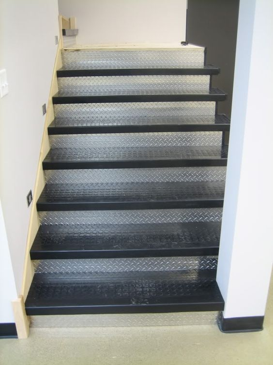 Rubber Stair Treads And Diamond Plate Risers Stairs