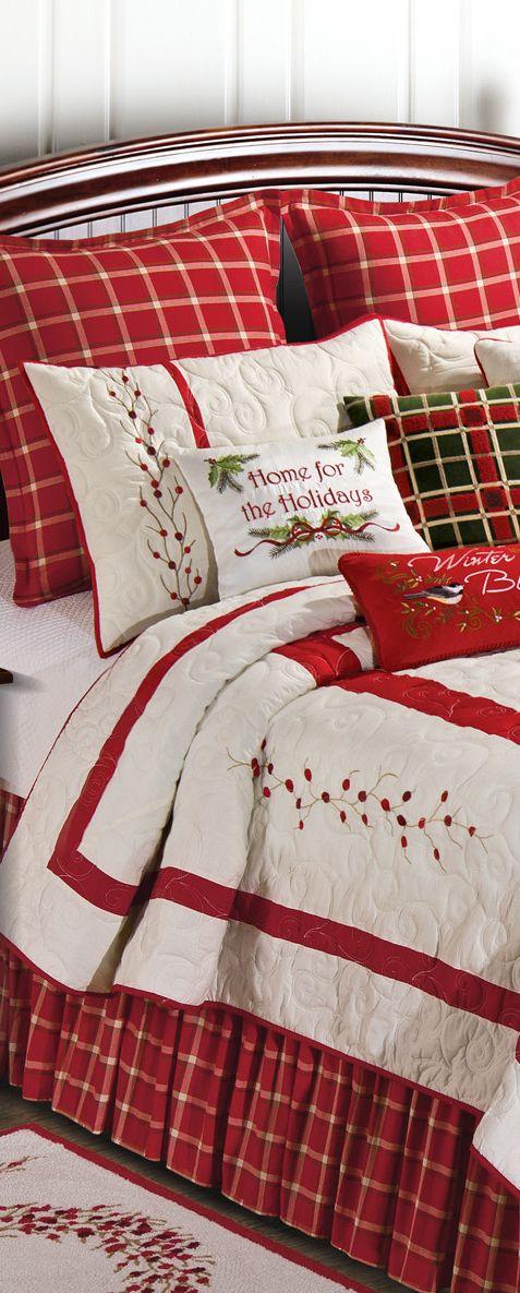 Berry Wreath Quilt Christmas Bedroom Ideas CHRISTMAS