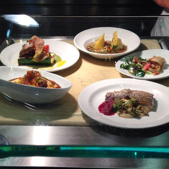 Celebrity @ChefDavidBurke and Sodexo hold grand opening of restaurant @williamandmary: