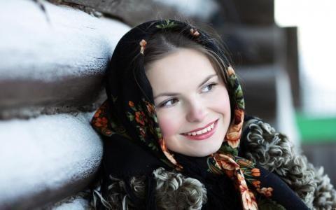 Особенности Русской улыбки (включая пословицы и поговорки об улыбке/смехе)  Смеяться надо в специально отведённых для этого местах! (А.Райкин)