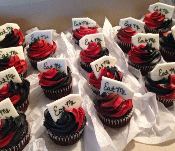alice in wonderland cupcake ideas | Alice in wonderland cupcakes