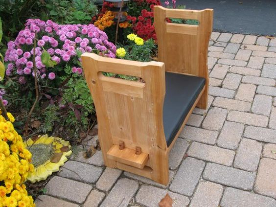 Nib cedar wood kneeling pad bench sitting garden seat for Gardening kneeling stool