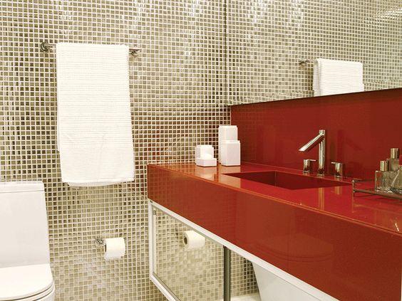 Banheiros coloridos e inspiradores  Vaidades, Pesquisa e Ladrilho -> Armario Para Banheiro Ferreira Costa