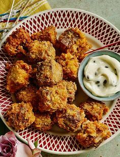 Crispy lamb nuggets with roasted garlic mayonnaise - A wonderful new idea for canapés.