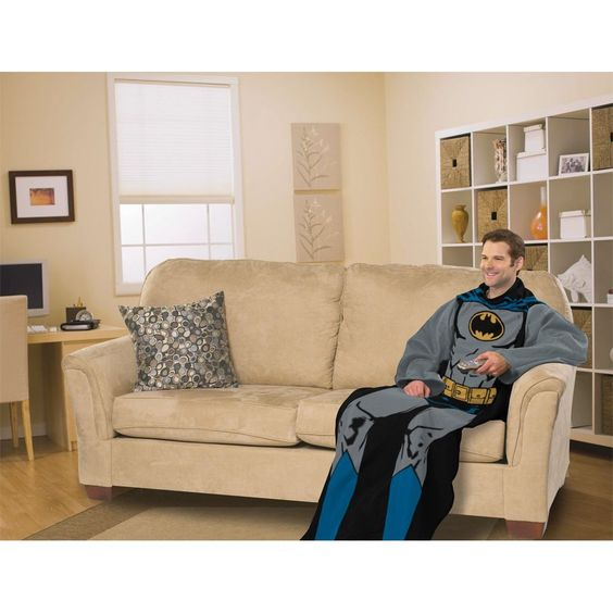 Batman Comfy Throw Blanket With Sleeves