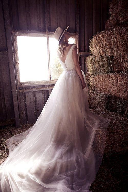 10 Wedding Dresses Under 7 500 Wedding Dresses Sydney Wedding Dresses Bridal Dress Design