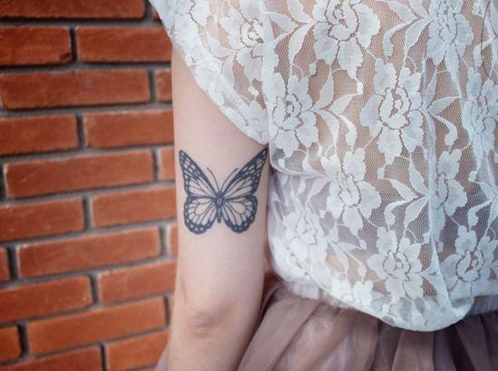 tatuagem de borboleta no braço: