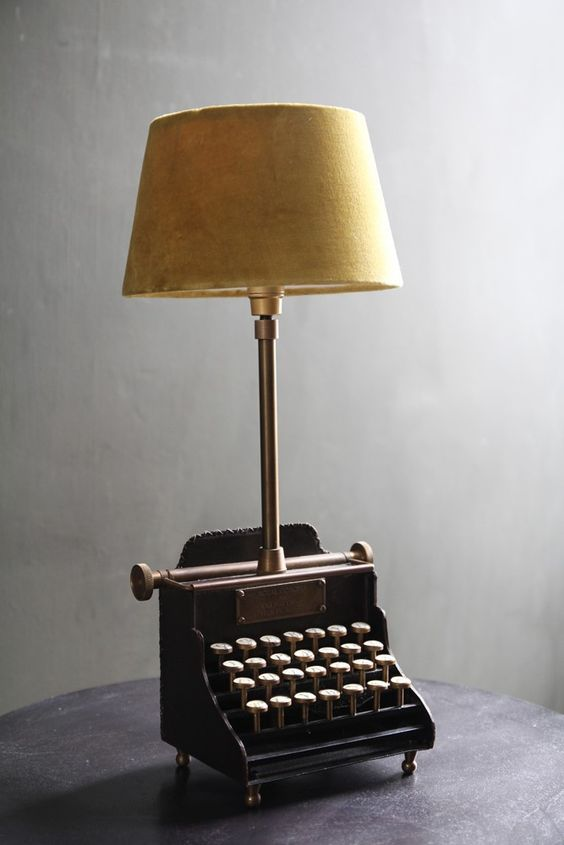 Repurposed Vintage Typewriter Desk Lamp By Designturnpike See More Ideas In 22 Old Things That Make Awesome Diy Lamps Quirky Table Lamp Diy Lamp Table Lamp
