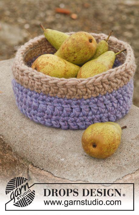 """Autumn Fruit - Gehäkelter DROPS Bezug aus """"Polaris"""" für eine Glasschale. - Free pattern by DROPS Design"""