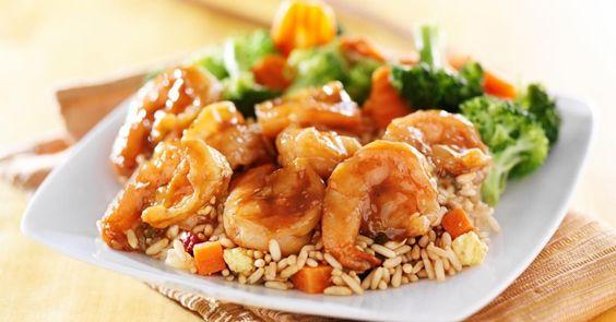 Salade crevettes brocoli.Servie avec un bon riz ou des vermicelles, c'est une recette facile et rapide