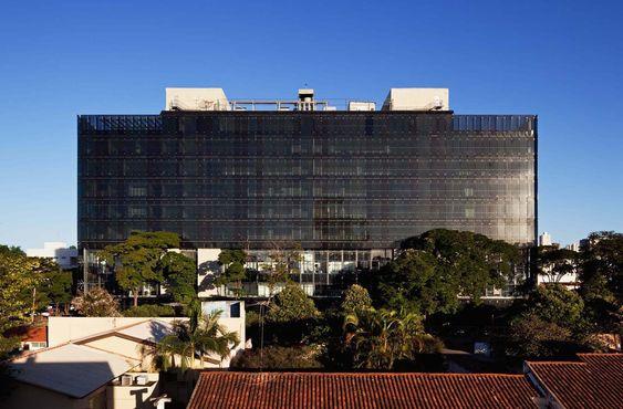 Gallery of Regional Labor Court / Corsi Hirano Arquitetos + Reinaldo Nishimura - 1