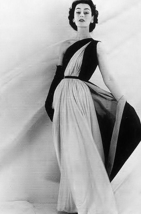 Anne Gunning wearing Jean Dessès, 1952.  Photograph by Henry Clarke.