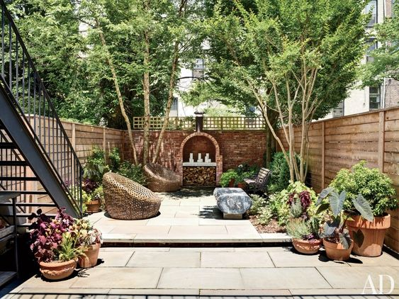 Great idea for a small city backyard! Turn it into a small oasis!
