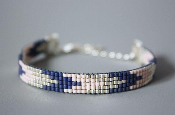 MANCHETTE OU BRACELET TISSÉ PERLES MIYUKI (VERRE) / ARGENT,BLEU, NUDE (CORAIL CLAIR) : Bracelet par tadaam-bracelet