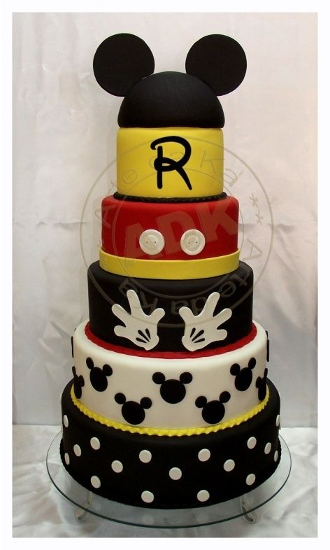 Mickey Mouse Cake by andreaevangelina.casa