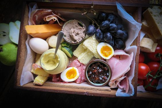 Potting up & a Ploughman's lunch — The Black Hen