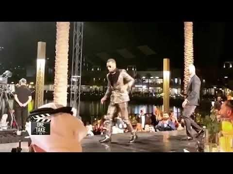 فيديو٠ سقوط محمد رمضان علي المسرح في دبي Talk Show Scenes Talk