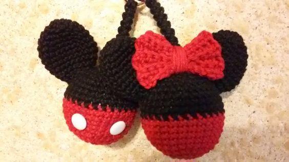 Chaveiro   Mickey e Minnie - AMIGURUMI