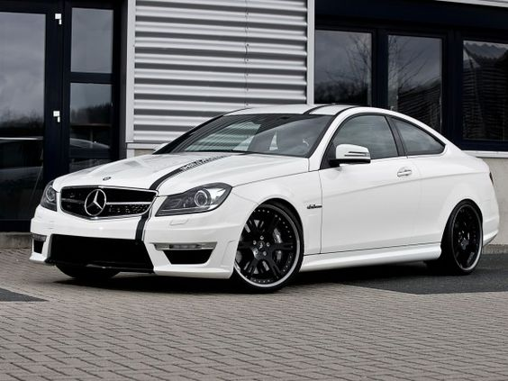Wheelsandmore Mercedes-Benz C63 AMG Coupe 5.7 Edition 2012 - Front Side