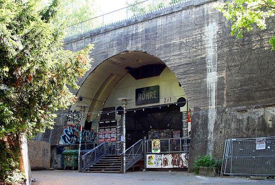 Datei:Stuttgart Wagenburgtunnel Röhre.jpg