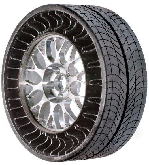 Michelin et Bridgestone déterrent la guéguerre des pneus sans air|Michel Holtz: