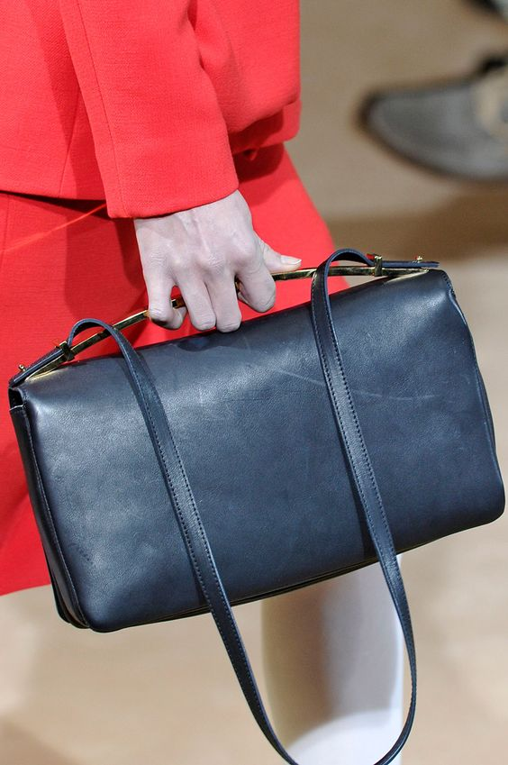 Perfect Navy #leather #navy #bag