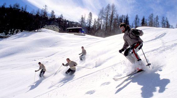 Kontaktlinsen beim Wintersport: Gut ausgerüstet mit Tageslinsen und Skibrille