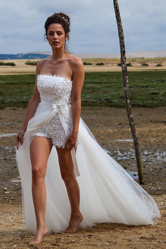 Oserez-vous ce short-robe de mariée, confortable et singulier, signé Marie Laporte ?