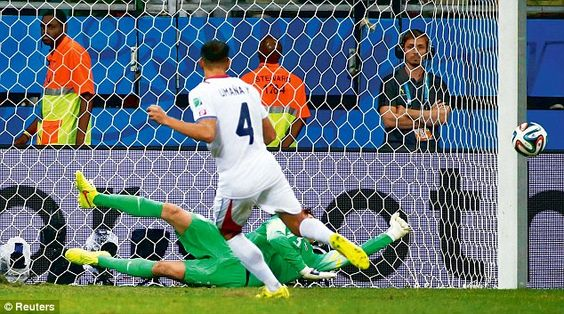 Dive: Krul saved two penalties as Holland beat Costa Rica 4-3 on penalties to reach semi-f...