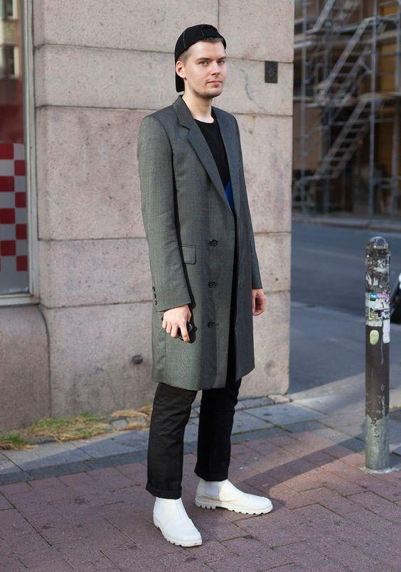 ロング丈がかっこいい◎チェスターコートの今風の着こなしを紹介♪の画像