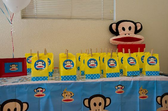 Favors at a Paul Frank Party #paulfrank #partyfavors
