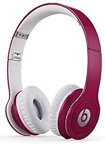 Pink Beats Studio headphones by Dr. Dre. https://t.co/bVKFxXWrbb https://t.co/4IPkfyKXKw