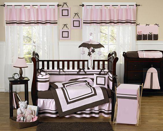 <3 (also @: http://www.beyond-bedding.com/pink-and-brown-hotel-baby-girl-crib-bedding-set-jojo.html )