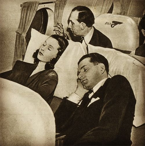 Vivien Leigh and Lawrence Olivier asleep on a plane...