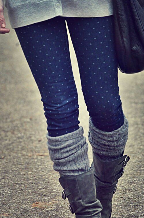 Long gray sweater, polka dot jeans, gray boot socks- super cute: