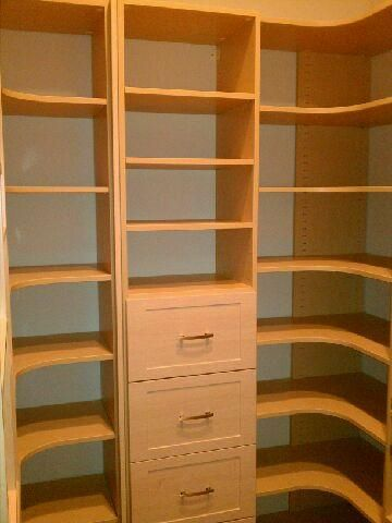 Closet Creations likes the rounded shelves in the pantry!
