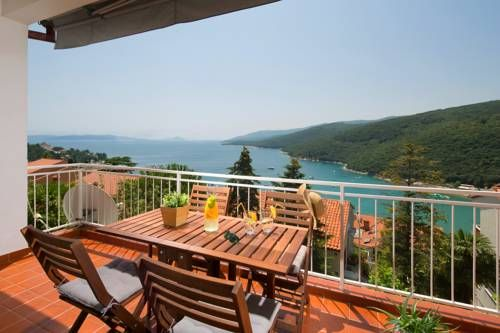 Ana Apartment Rabac Ana Apartment offers accommodation in Rabac, 300 metres from Rabac Bus Stop. The property features views of the sea and is 400 metres from the beach. Free WiFi is featured throughout the property and free private parking is available on site.