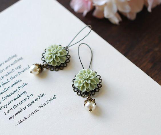 Mattes grün Salbei grün Dahlia malzkaffee Blume von LeChaim auf Etsy