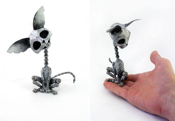 Artista ruso crea animales Steampunk con piezas de coches viejos, relojes y componentes electrónicos