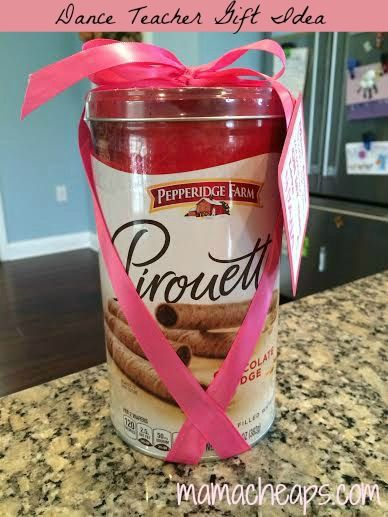 Ballet / Dance Teacher Gift Idea – Pirouette Cookies with Ribbon + FREE Printable Gift Tag