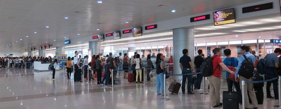 Check-in procedure in Tan Son Nhat Airport