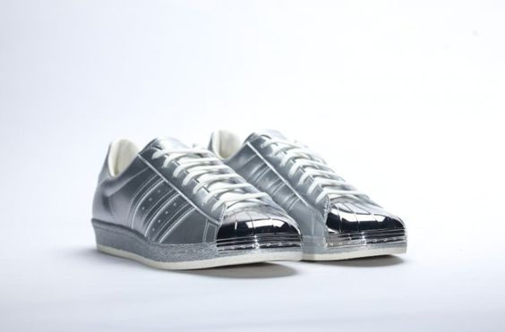 adidas-women-superstar-80s-metal-silver-2