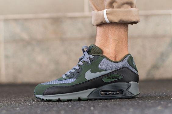 Nike Air Max 95 Carbon Green & Black