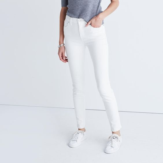 9&quot High-Rise Skinny Jeans in Pure White | Newport Girls Trip