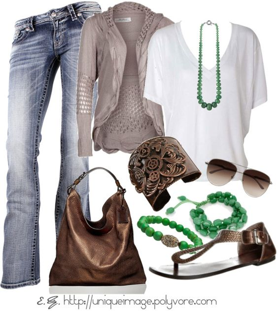Great way to style your cropped V :)
