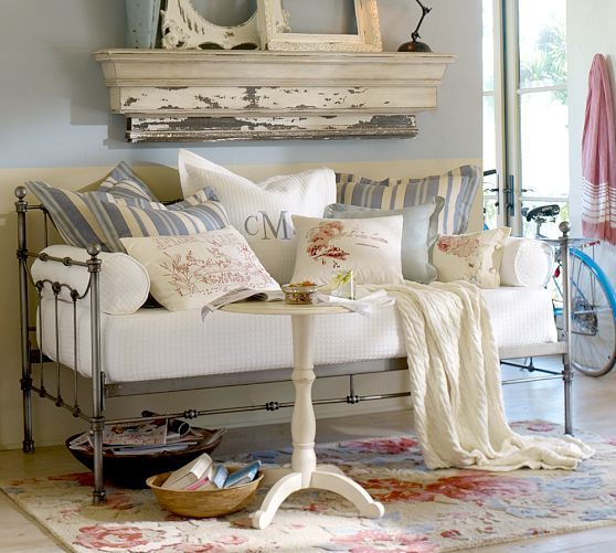 Savannah Daybed With Trundle Pottery Barn Sunroom